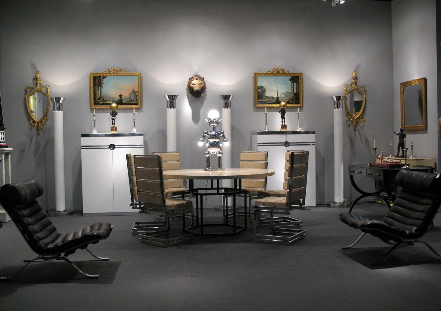 Art Nouveau Taller Y Medio