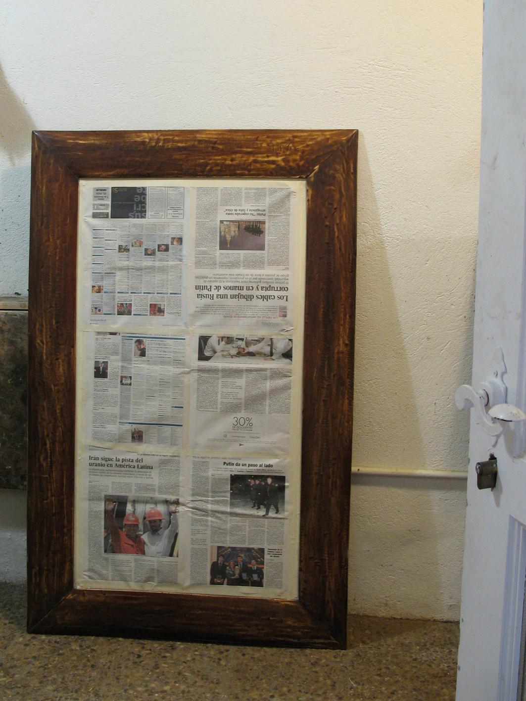 Espejo pintado taller y medio for Muebles la favorita