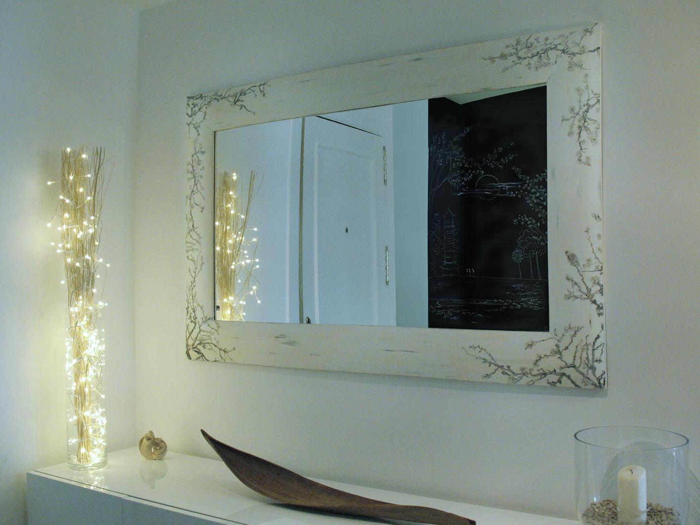 Espejo pintado taller y medio for Espejo blanco envejecido