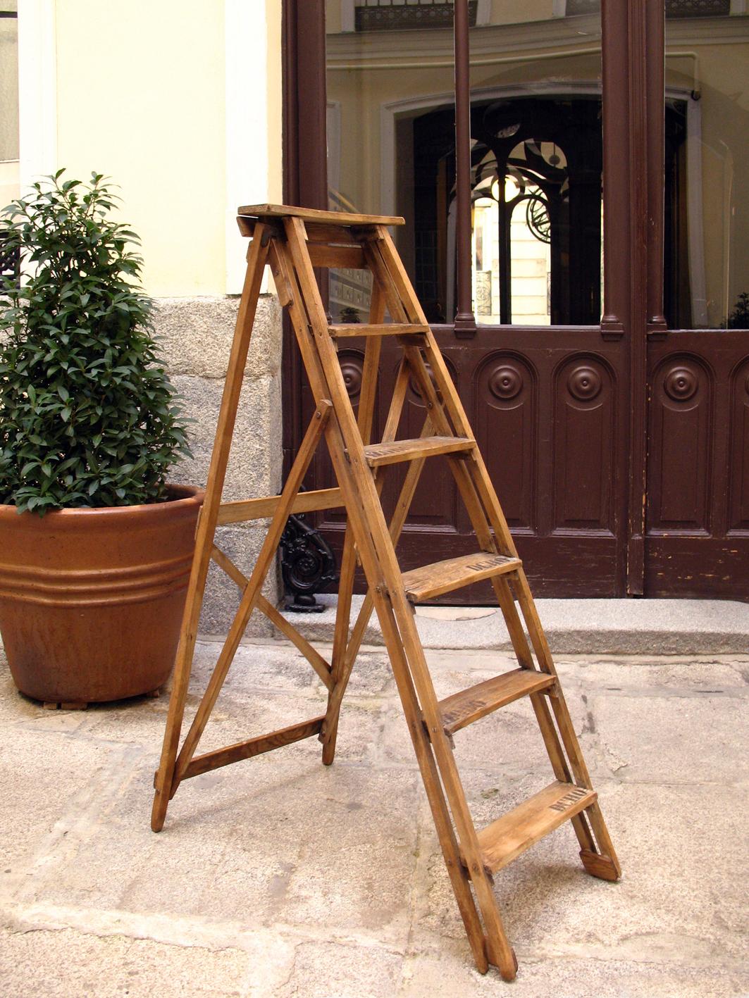 Escalera de pintor retro taller y medio - Escaleras de madera de pintor ...