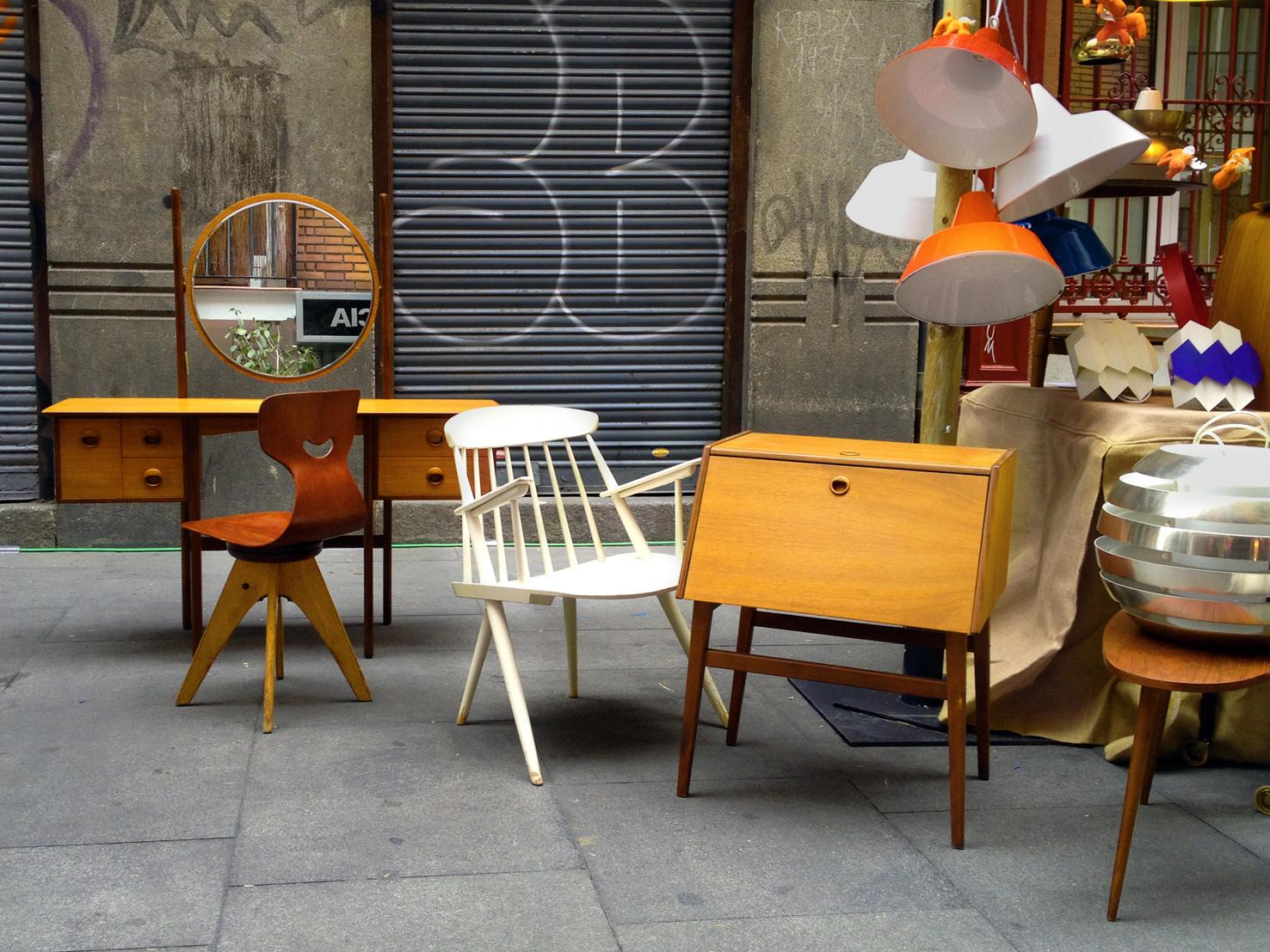 Decoracion industrial taller y medio for Muebles estilo industrial buenos aires