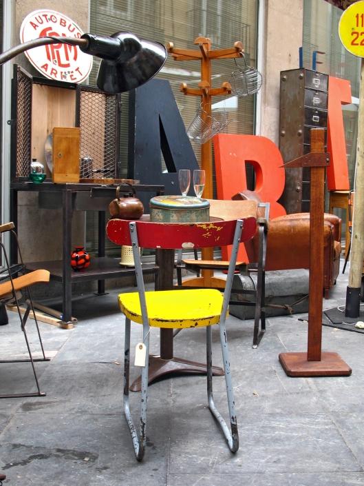 Mercadillos madrid taller y medio for Mercadillo muebles madrid